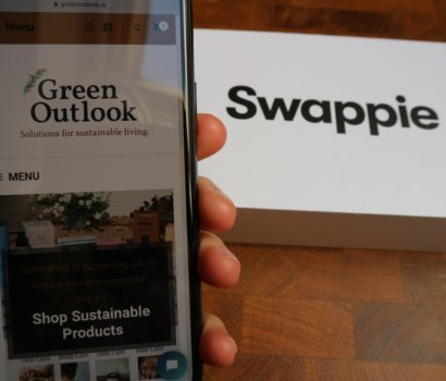 Green Outlook second hand iPhone from Swappie